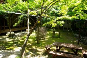 聴潮閣の庭.jpg